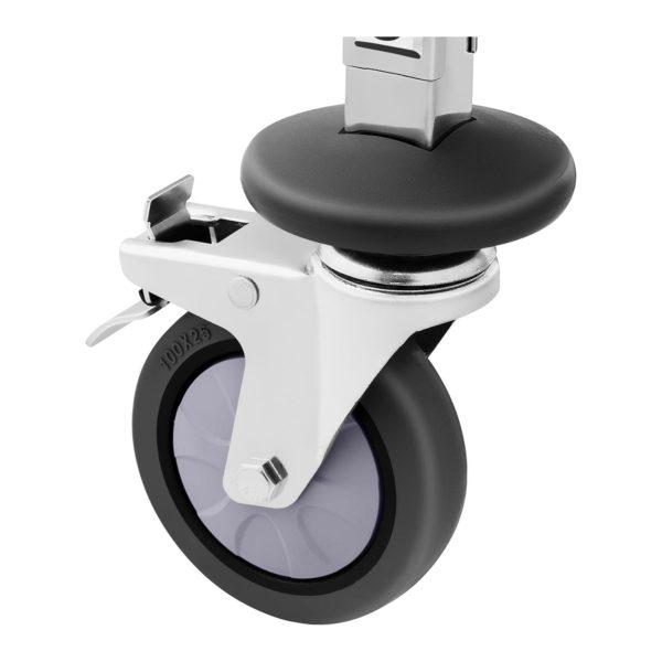 Regálový vozík - 7 GN zásuvů 10011105-5 Úložná kapacita: 7 GN nádob Pro GN 1/1, 1/2, 1/3, 2/3, 2/8 Maximální zatížení: 50 kg 2 vertikální pojistky nádob Ušlechtilá ocel odolná proti korozi