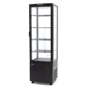 Chladící vitrína - model: Maxima 09400816 je velká 235 l chladící vitrína, která má skleněná okna ze 4 stran (dvojité zasklení).