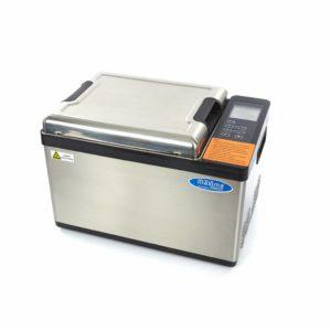 Sous Vide - 12,5 l Maxima 09500700 - je kompaktní zařízení, které je dobře izolované a poskytuje tiché vaření a jeho celková kapacita je 12,5 l je kompaktní zařízení, které je dobře izolované a poskytuje tiché vaření a jeho celková kapacita je 12,5 l
